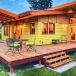Plano de casa de vacaciones de dos dormitorios, un baño y porch