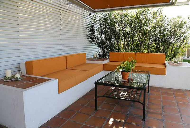 Moderna for Decoracion balcon departamento