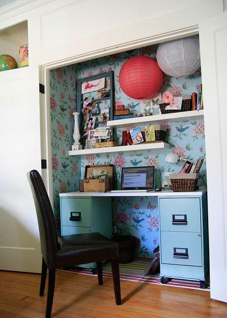 Escritorios dentro de dormitorios