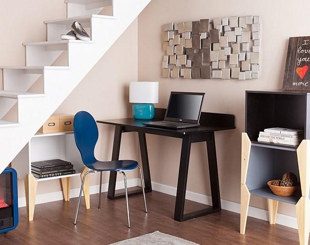Ideas para hacer escritorios bajo escaleras