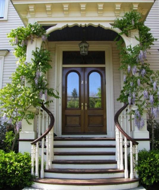 Puertas exteriores con ventanas