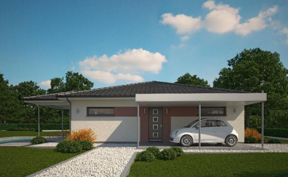 Fachada de casa moderna con forma cuadrada