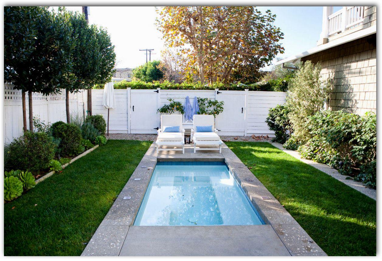 Diseño de patio de 7 m con piscina