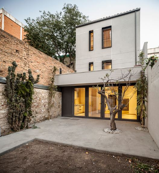 Fachadas casas medianeras