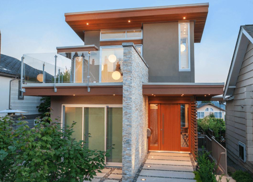 fachadas-de-casas-vidriadas-con-porche
