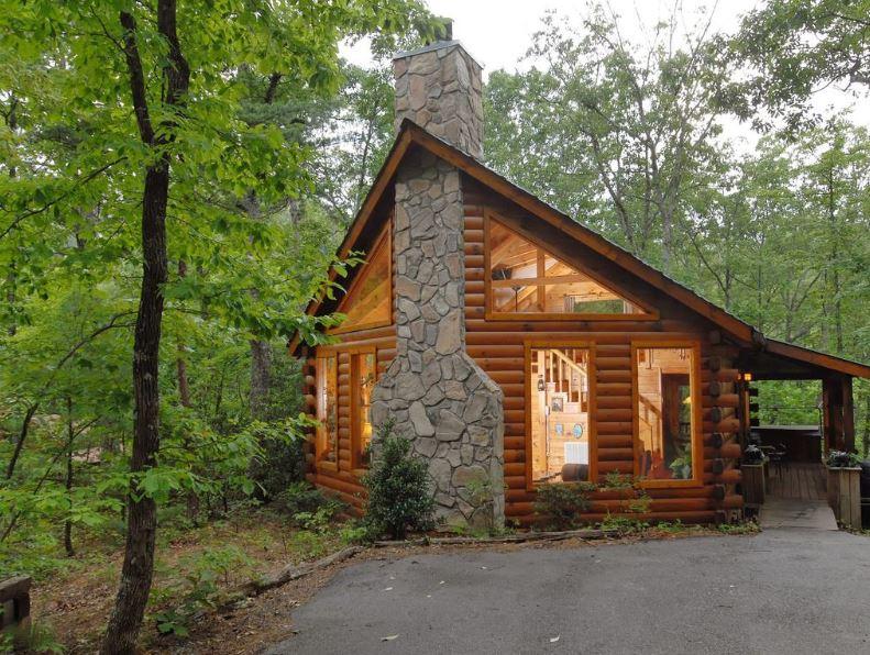 fachadas-de-cabanas-de-madera-y-piedra